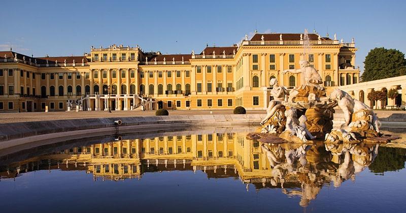 کاخ شونبرون کجاست؟