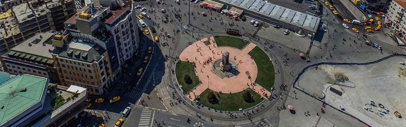 میدان تقسیم یا میدان تکسیم استانبول
