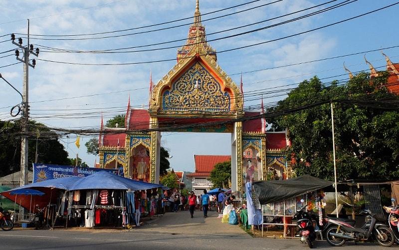 بازار کارون بازار مد و لباس در پوکت تایلند