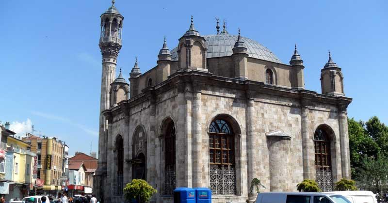 مسجد جامع عزیزیه معماری برجسته اواخر دوره عثمانی