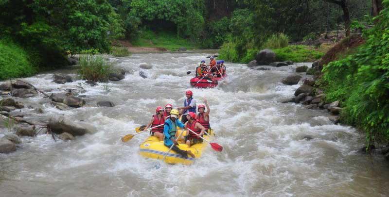 وایت واتر رفتینگ پوکت و فرصت چالش با تلاطم رودخانه