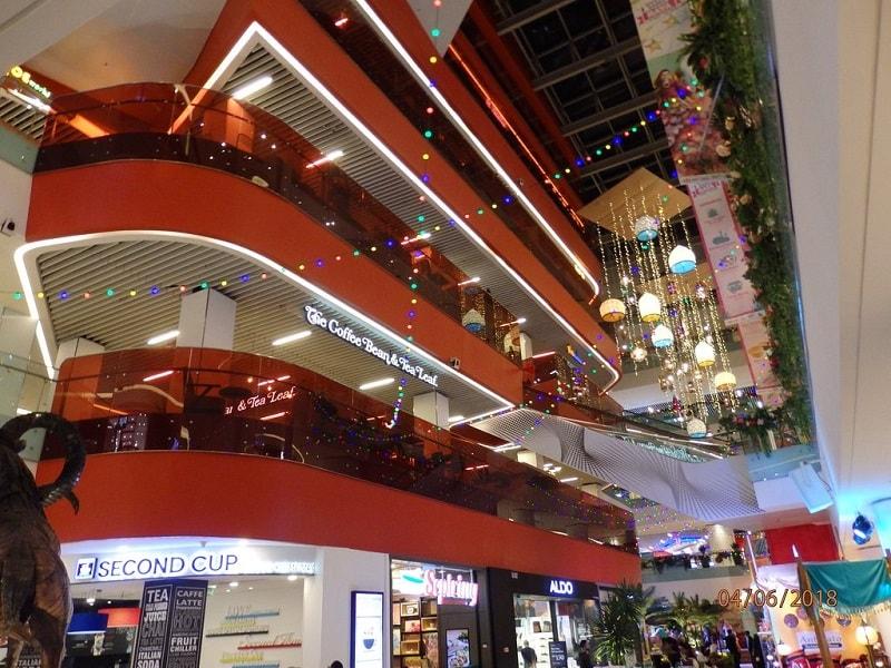 تنوع خرید در مرکز خرید سان وِی پوترا مال مالزی