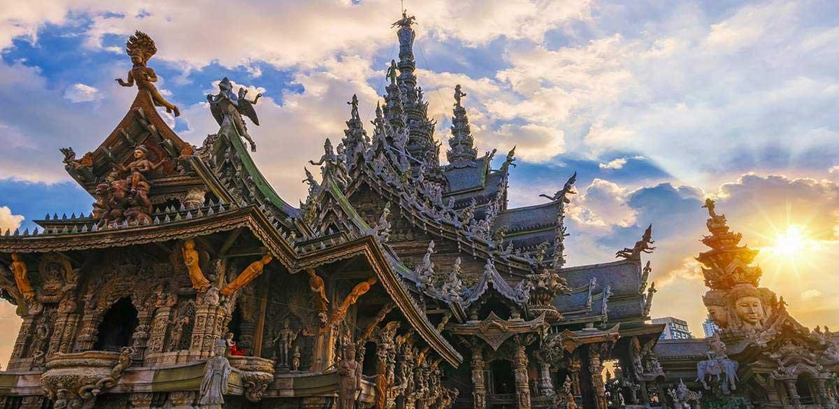 معبد سانچریآو ترو از بهترین معابد پاتایا