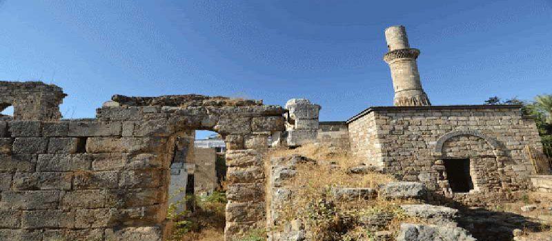 کسیک مناره از اماکن تاریخی آنتالیا