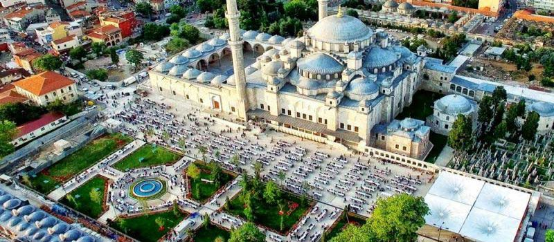 مسجد سلطان فاتح از جاذبه های استانبول