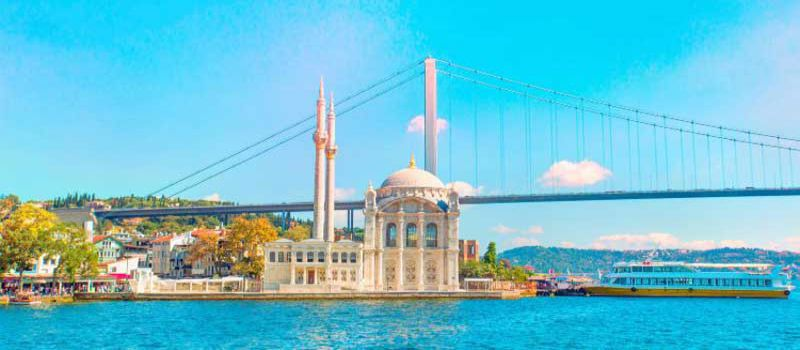 مسجد اورتاکوی از مساجد دیدنی استانبول