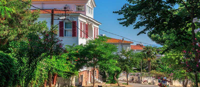 درباره جزیره بیوک آدا چه می دانید ؟