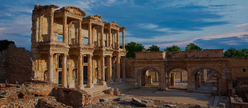 افسوس یاEfes شهر باستانی در ترکیه