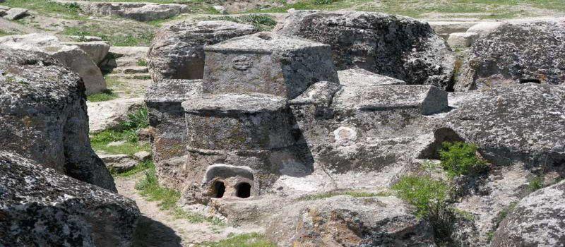 شهر سنگی باستانی کلیسترا در قونیه