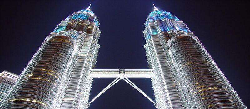 برج دوقلوی پتروناس در کوالالامپور مالزی