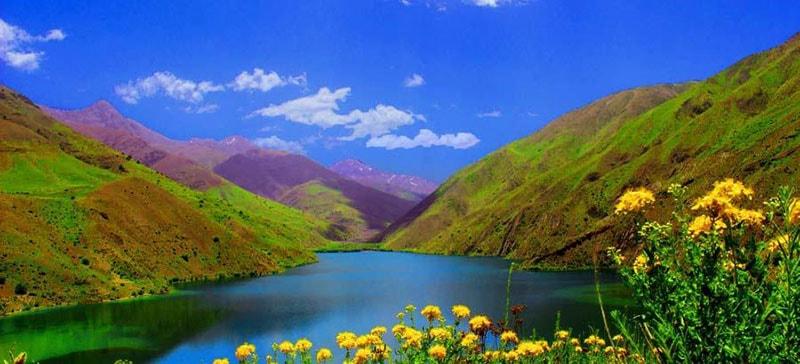 دریاچه گهر نگین اشترانکوه