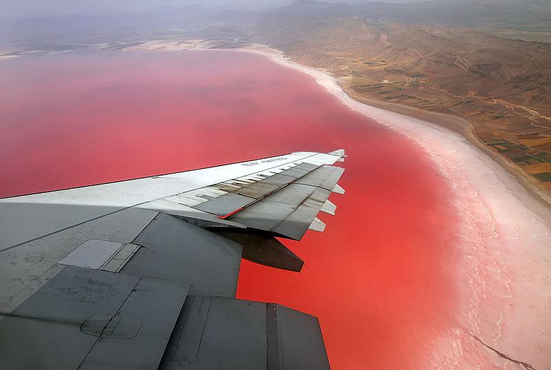 دریاچه مهارلو کجاست؟