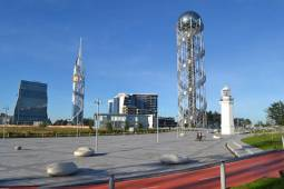برج الفبای باتومی نماد الفبای منحصر به فرد گرجی
