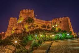 قلعه فلک الافلاک کجاست ؟