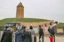 برج گنبد قابوس بنایی هزار ساله
