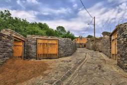 آشنایی با روستای سنگی ورکانه در همدان
