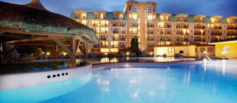 اقامت در هتل های درجه یک و ارزان وان ترکیه