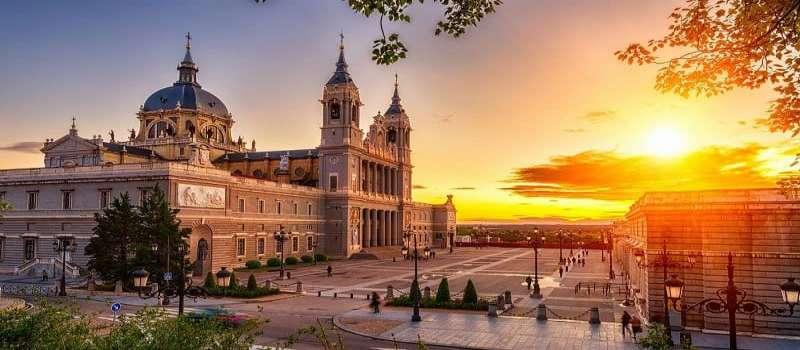 راهنمای خرید تور اسپانیا