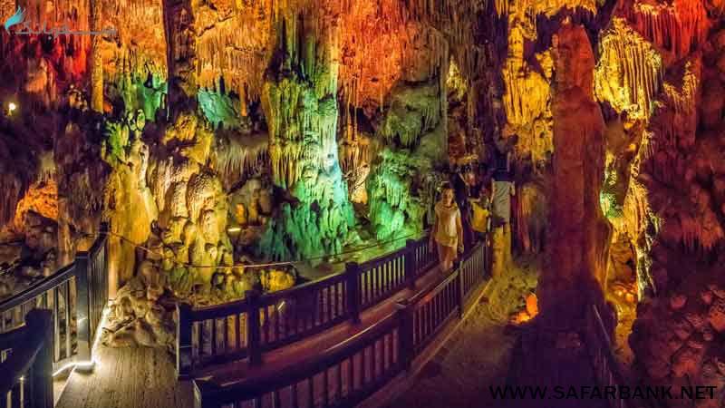 غار داملاتاش در آلانیا